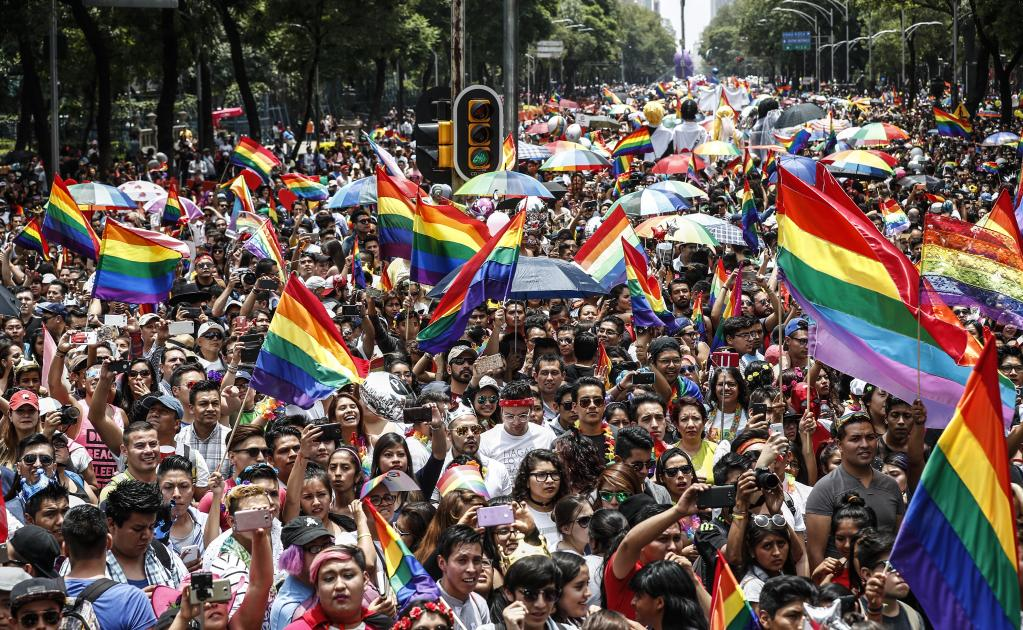 Huge crowds for the 2017 Pride March in Mexico City