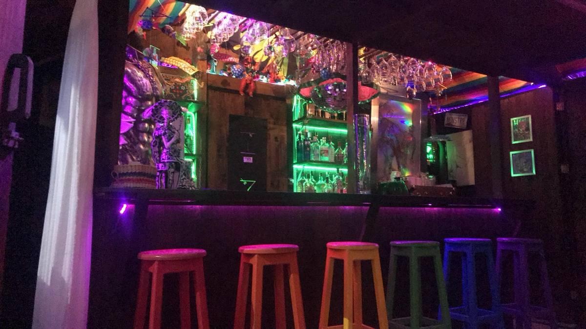 Zipolite, Oaxaca - Gay and Lesbian hotels, bars, beaches